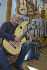 Andrea Ferianti plays his S-12N harp guitar